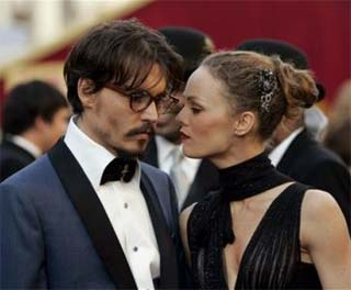 Buon compleanno a johnny depp cinezapping - La nona porta johnny depp ...