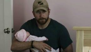 """La """"bambola"""" di Bradley Cooper"""