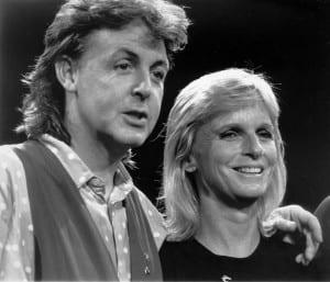 Paul McCartney e la moglie Linda
