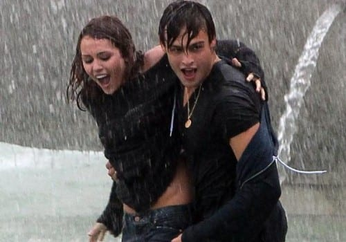 miley cyrus douglas booth wet and wild 10 500x750