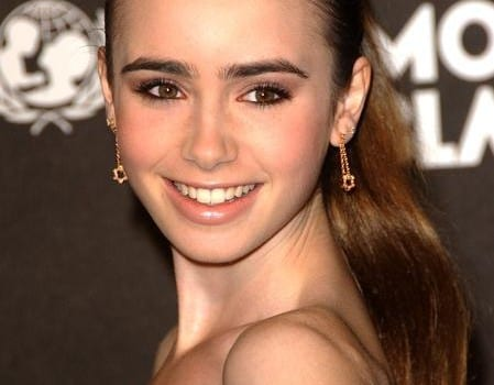 LillyCollins1