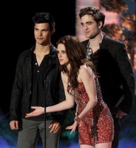 MTV Movie Awards 2011 Pattinson Stewart Lautner