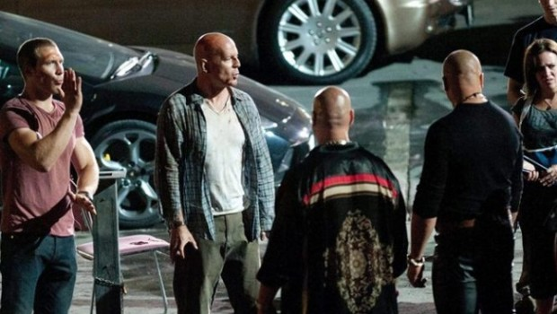 a good day to die hard bruce willis jay courtney 02