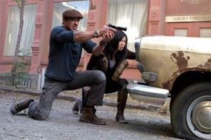 Two New Expendables 2 Stills Show Off The Gang First Female Member 1326415885