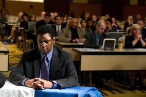 Denzel Washington in una scena del film
