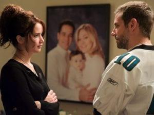 Jennifer Lawrence e Bradley Cooper in L'orlo argenteo delle nuvole
