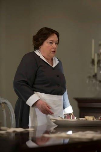 Madame LaLaurie (Kathy Bates)