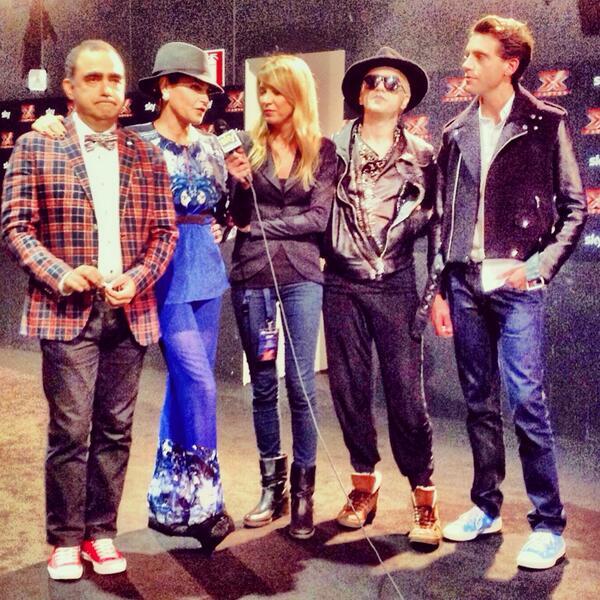 BXXNutaIEAAl2XP X Factor 7: stasera prima puntata live!
