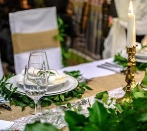 Una cena in un ristorante elegante